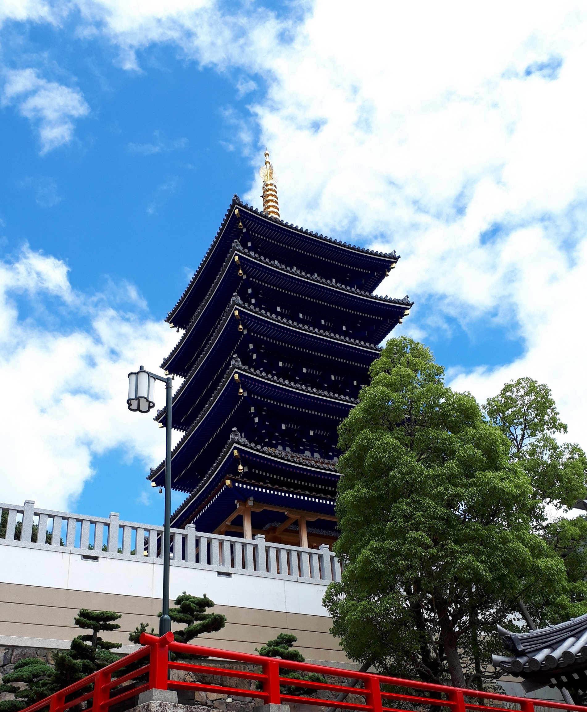 五重塔(中山寺)