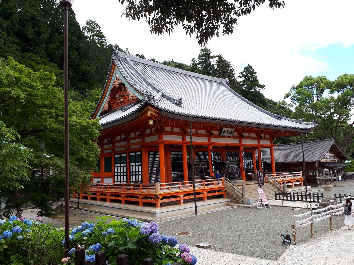 本堂(勝尾寺)